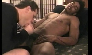 Raven straight guy gets a interracial bj