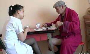 French papa Papy Voyeur doing a young asian nurse