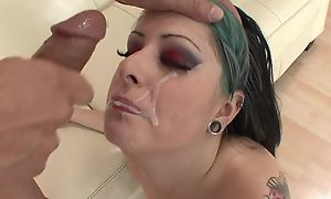 Eager punk unfocused with unsophisticated milk shakes acquiring her cunt drilled
