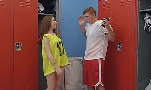 Powerfully built dude Oliver Flynn fucks cute chick in dramatize expunge locker room
