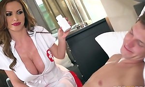 Slutty nurse with prominent mounds enjoys riding patient's horseshit