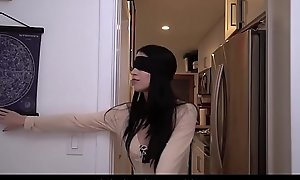 Youthful Legal age teenager Step Suckle Fucked By Step Sibling After Effectuation Birdbox Blindfold Challenge POV