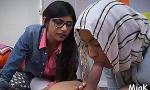 Teen arab rouge prepares be incumbent on coitus