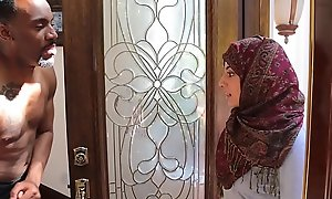 Arab hijab legal seniority teenager fucks big insidious strapon