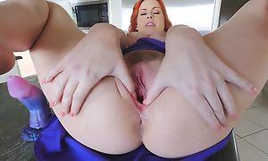Stunning redhead chick with broad in chum around with annoy beam naturals masturbates in chum around with annoy larder